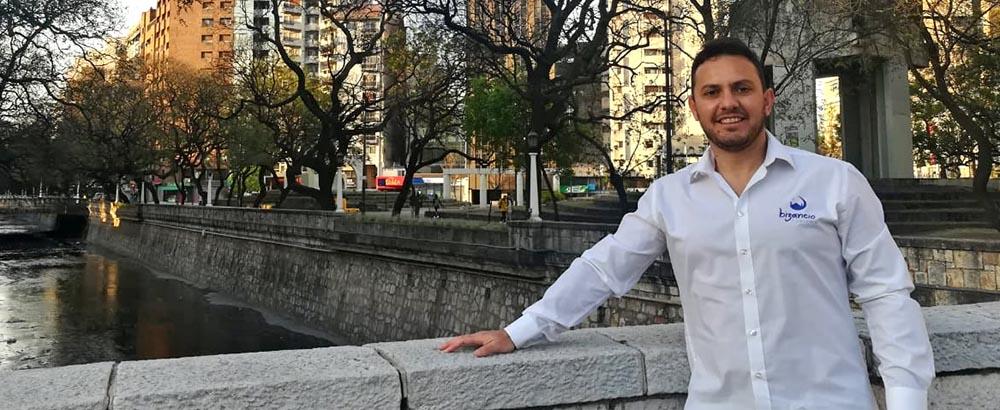 Lucas Gualtieri, gerente de Bizancio Turismo, agencia de viajes de Córdoba