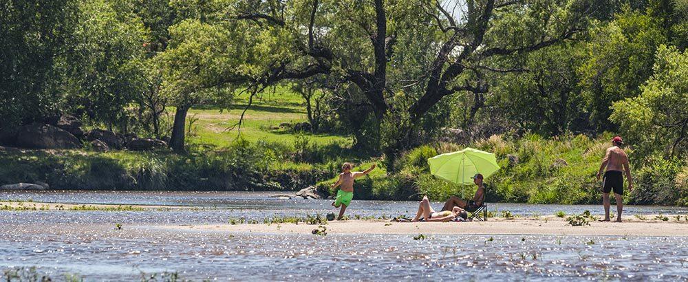 Río Quillinzo, Calamuchita, Córdoba
