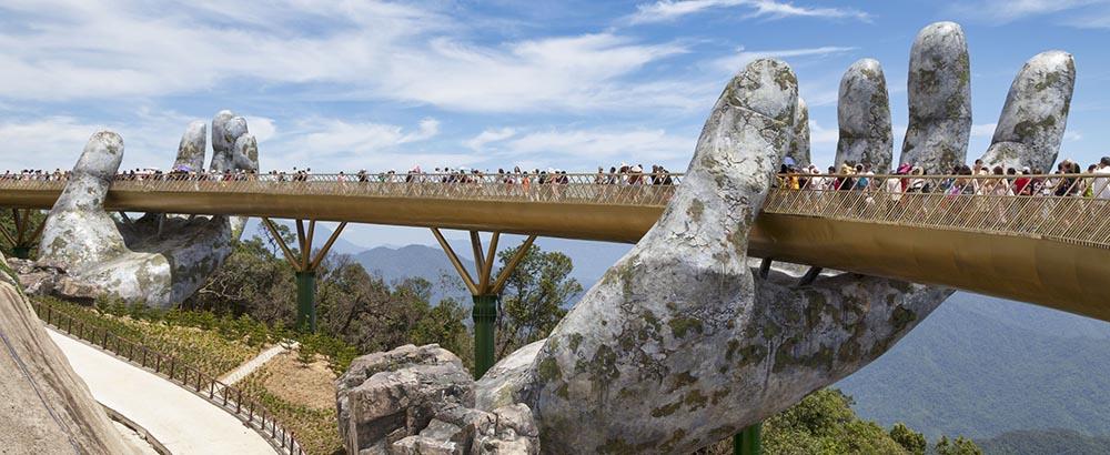 Puente Cau Vang Vietnam