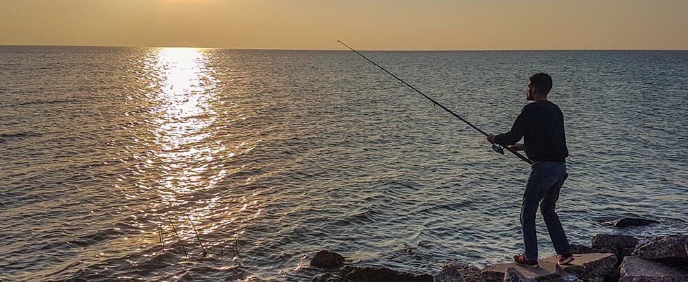 Pescador en la zona del Mar de Ansenuza